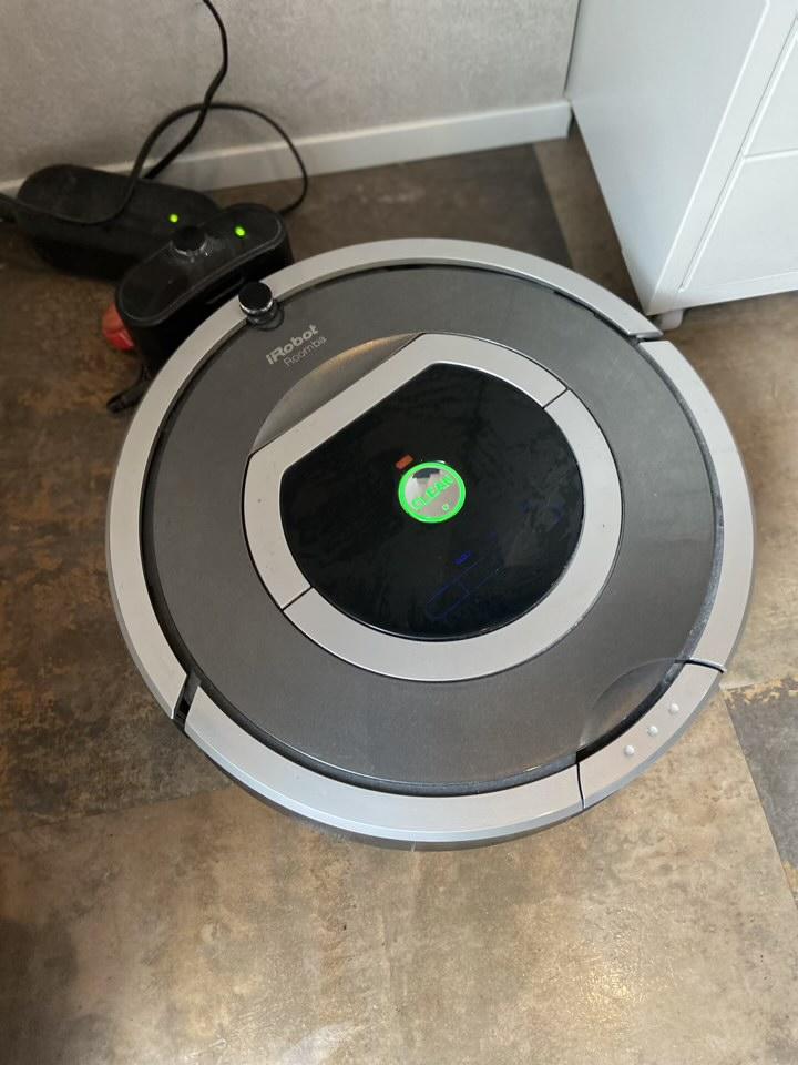 Roomba 2013年製