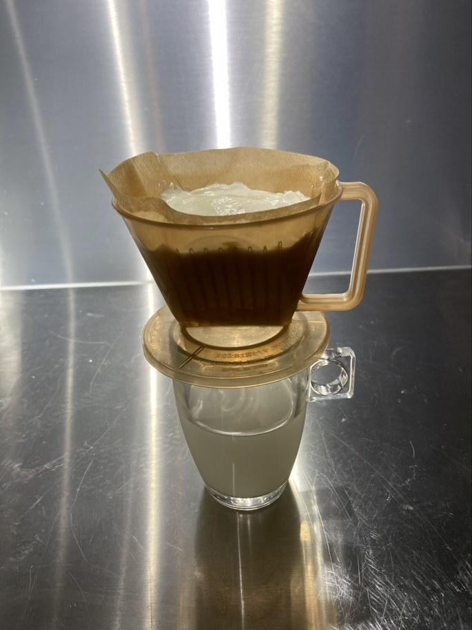 コーヒーフィルターでギリシャヨーグルトを作ろう